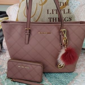 Michael kors Dusty Rose Tote with wallet